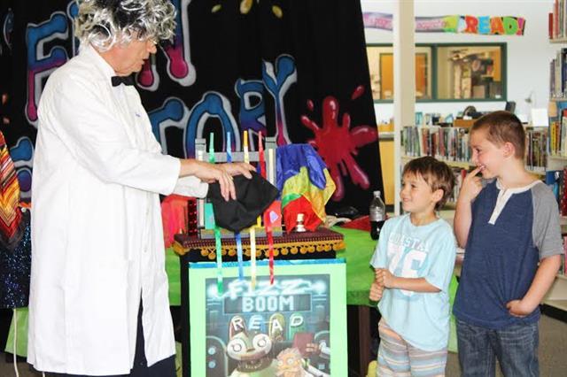 FIZZ BOOM Library Show